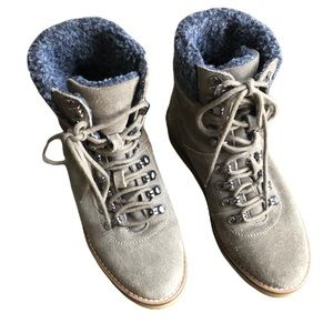 Urban Outfitters UO Justine gum sole olive green gray winter boots Sz 7 VGUC